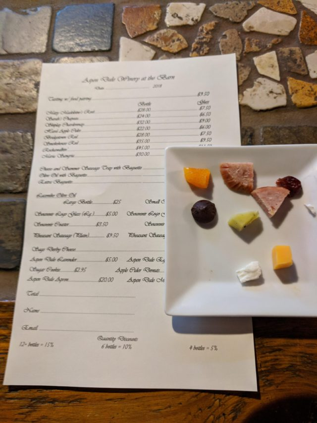 Delaplane - Aspen Dale Wine Tasting Food Pairings