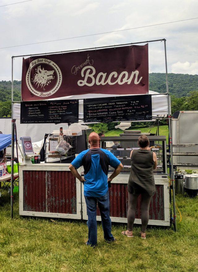 Delaplane - Bacon Stand